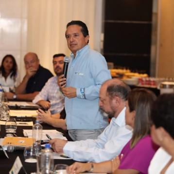 Carlos Joaquín instala el Consejo de Promoción Turística de Quintana Roo