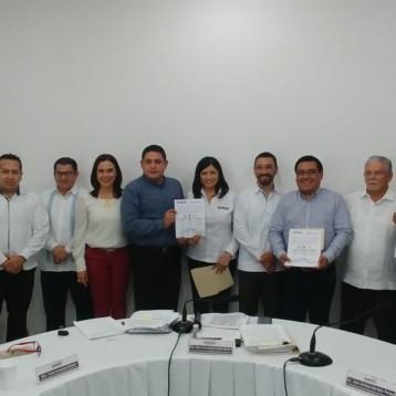 Aprueban planillas y entregan constancias de registro a candidatas y candidatos para la elección de miembros de los ayuntamientos