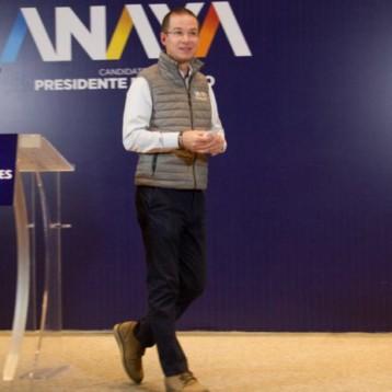 Anaya va por votos de mexicanos en EU; hay deuda histórica con ellos, asegura