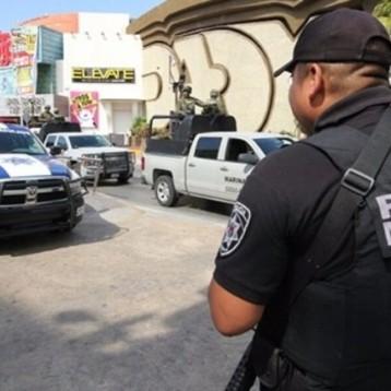 La Seido se lleva a tres policías, ayer rafaguearon a dos por presuntos vínculos con el narco
