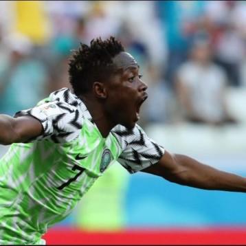 Nigeria vence a Islandia y le da esperanza a Argentina