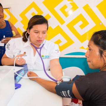 Acerca la Secretaría de Salud servicios médicos a la zona maya