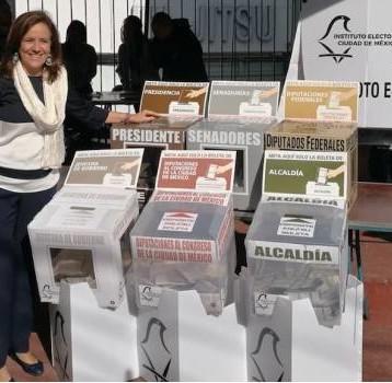 Margarita Zavala vota en la delegación Álvaro Obregón