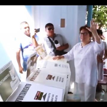 Cancún Channel EMITE SU VOTO LAURA BERISTAIN, CANDIDATA