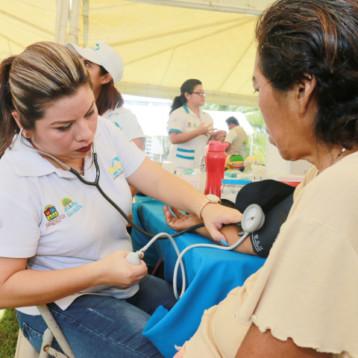 Con jornadas en comunidades rurales, SESA atiende la desigualdad en el acceso a los servicios de salud
