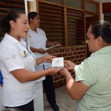 Acerca SESA servicios médicos a comunidades de la zona limítrofe