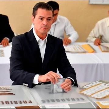 Peña Nieto vota en Escuela Primaria de la Ciudad de México