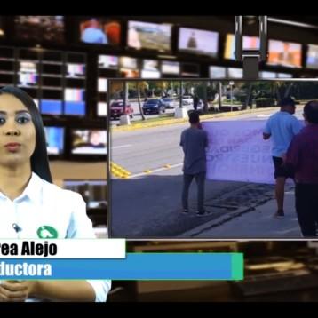 """PONCHO """"N"""" PROTESTA EN SUCURSAL DE SANTADER Y EXIGE RESPONSABILIDAD BANCARIA"""