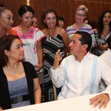 El nuevo aeropuerto de la Ciudad de México permitirá más vuelos a Quintana Roo: Carlos Joaquín