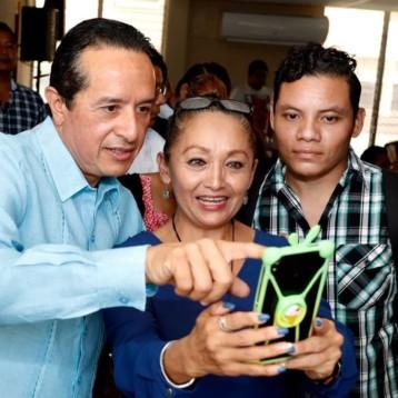El gobernador Carlos Joaquín inaugura el Primer Simposio de Profesionales Al-Anon