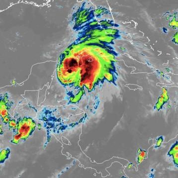 La Tormenta Tropical Michael cerca de convertirse en Huracán