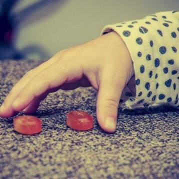 Niña de 4 años consume cocaína creyendo que era un dulce
