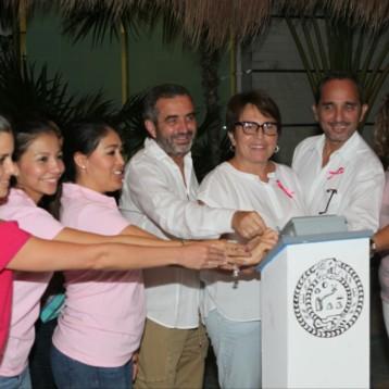 Se suma Ayuntamiento de Solidaridad al mes de la lucha contra el Cáncer de Mama