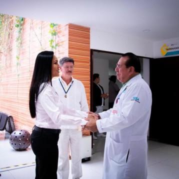 Recibe Hospital General de Playa del Carmen donativo de incubadoras de parte del Club Rotario